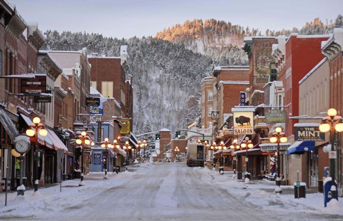 Downtown-Deadwood-winter-web