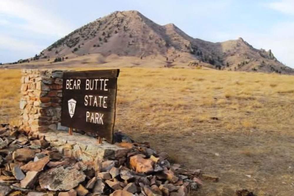 Bear-Butte-Web